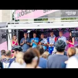 Embedded thumbnail for Így köszöntötték a két Giro-hőst a Hősök terén! Köszönjük, srácok! - videó